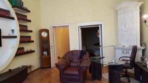 Apartament cu 3 camere  Bulevardul  Regina Elisabeta