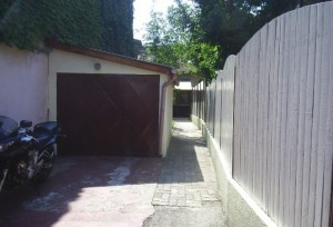 Particular  casa singur curte  garaj  zona Piata Victoriei